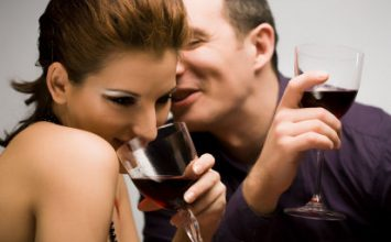 How To Keep the Right Body Language on a Date?