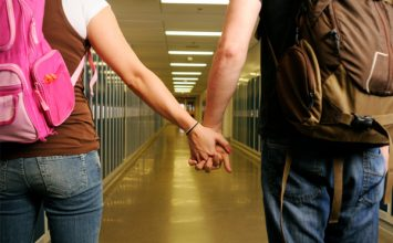 Teen Dating Tips: How To Date The Hottest Girl in Your Class