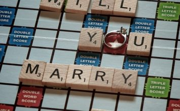 How To Pull Off A Successful Scrabble Marriage Proposal
