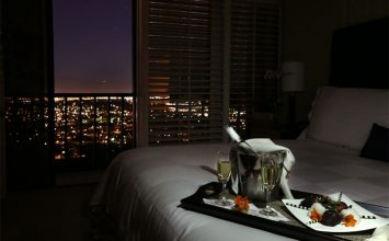 How To Pull Off A Romantic Room Service Dinner Date