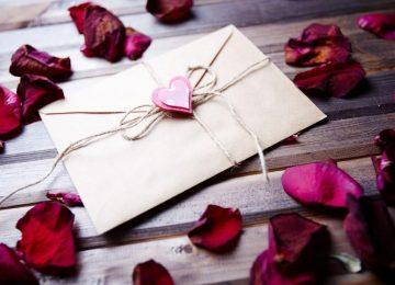 How to Write an Amazing Love Letter For Him