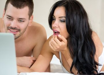10 Ways To Get Your Girlfriend Interested In Porn
