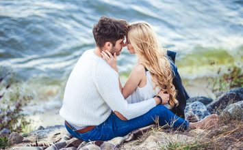 How to Know if You Love Someone: 12 Early Signs You Should Notice