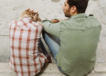15 Signs You're in Tumultuous Relationship