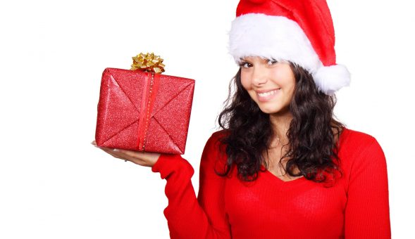 Top 10 Cute & Romantic Christmas Gift Ideas For Him