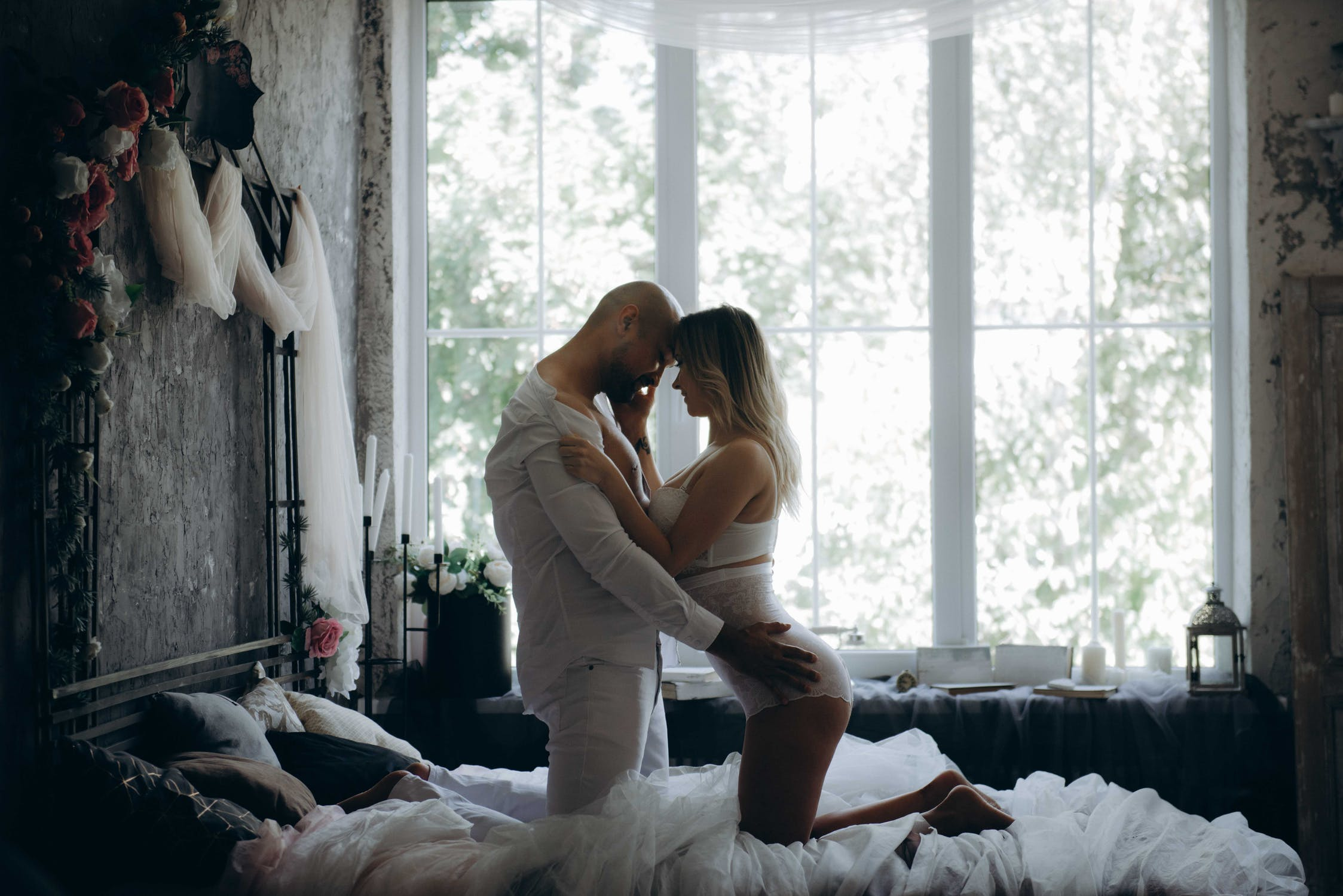 10 Things All Guys Want in Bed
