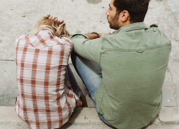 5 Red Flags Indicating That You're in the Wrong Relationship