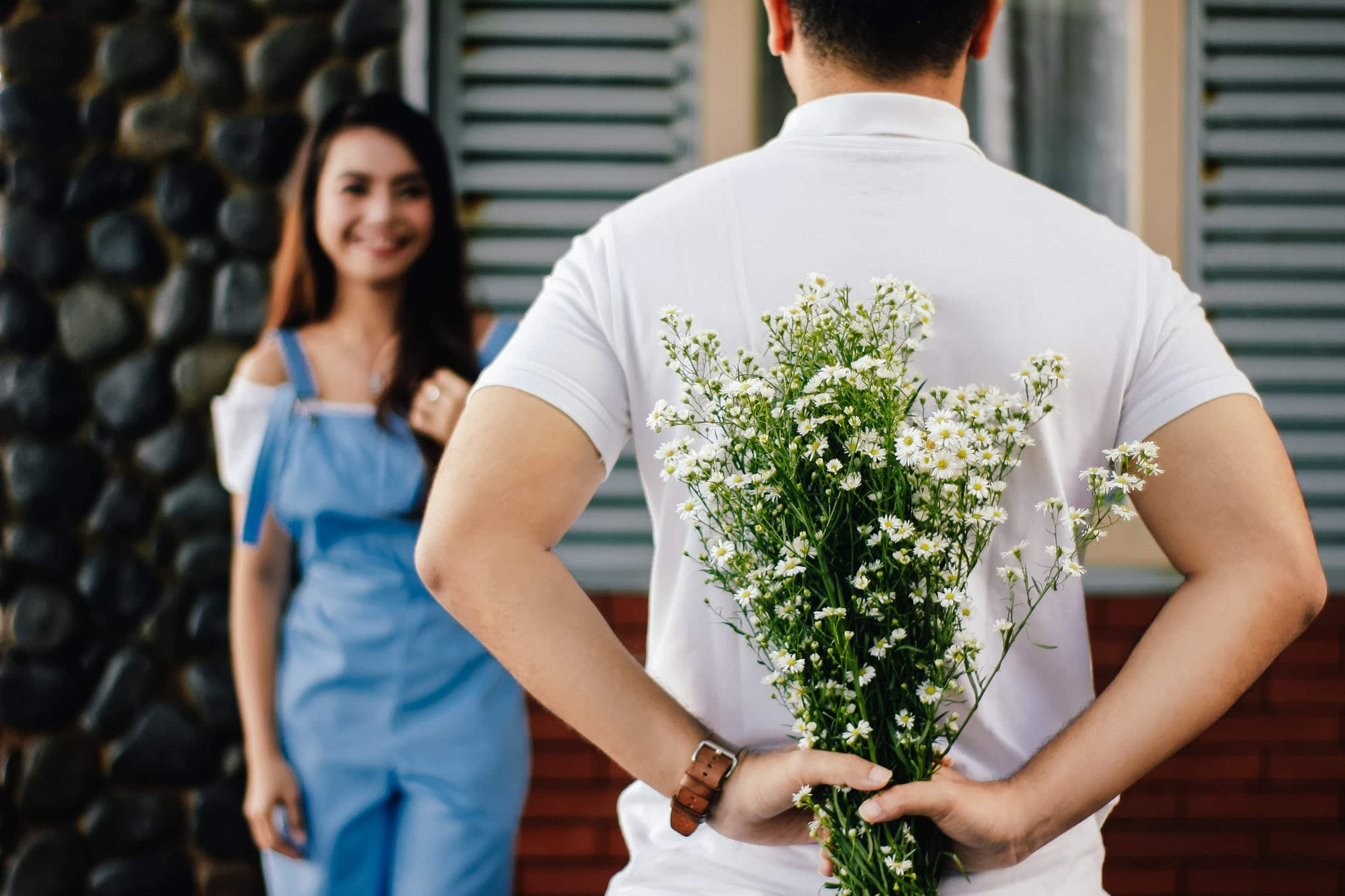 Best Flower Ideas to Give Your First Date